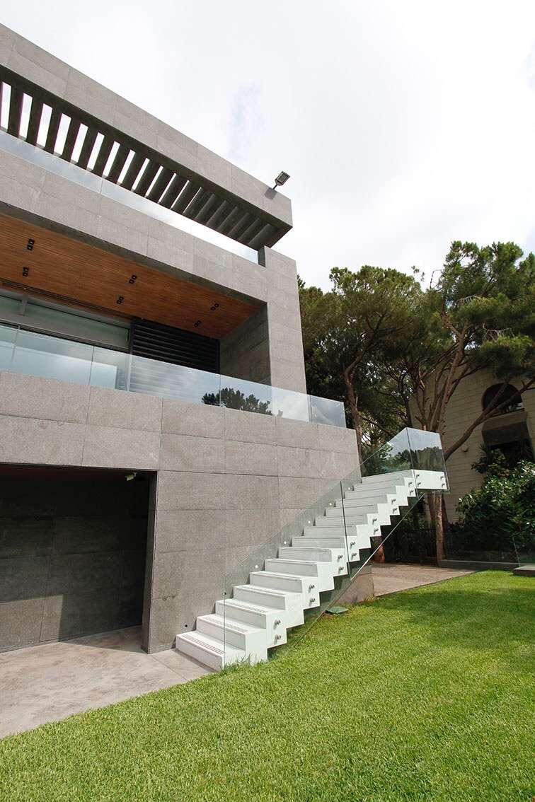Escalier terrasse-jardin