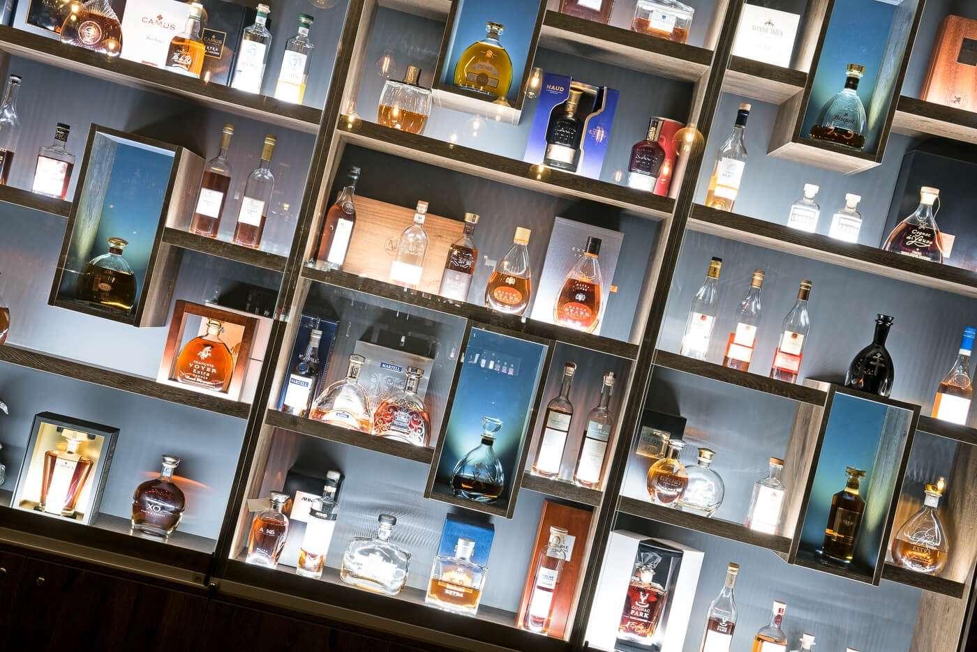 Bibliothèque à cognac