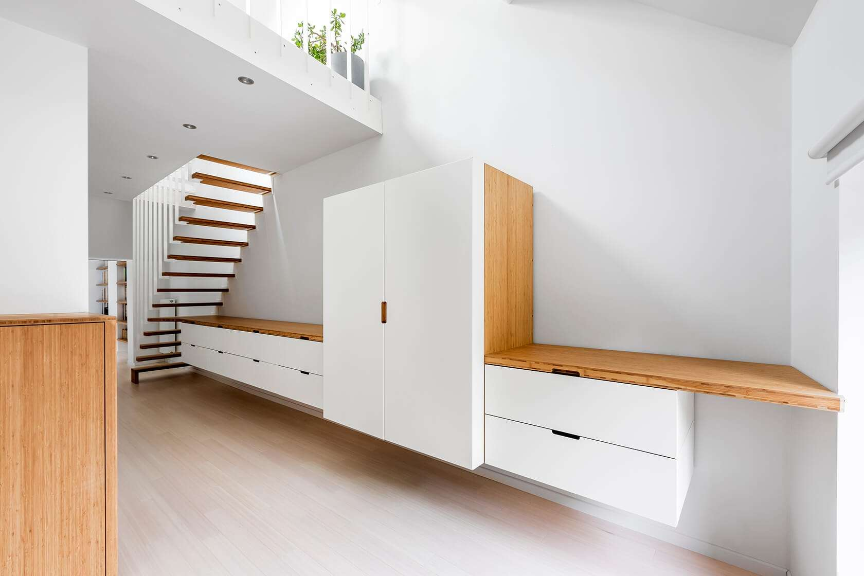 Dressing suspendu Pô, escalier UP, lit dressing Curve Wood & Steel sur-mesure