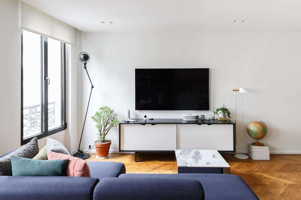 Espace salon télé avec meubles design
