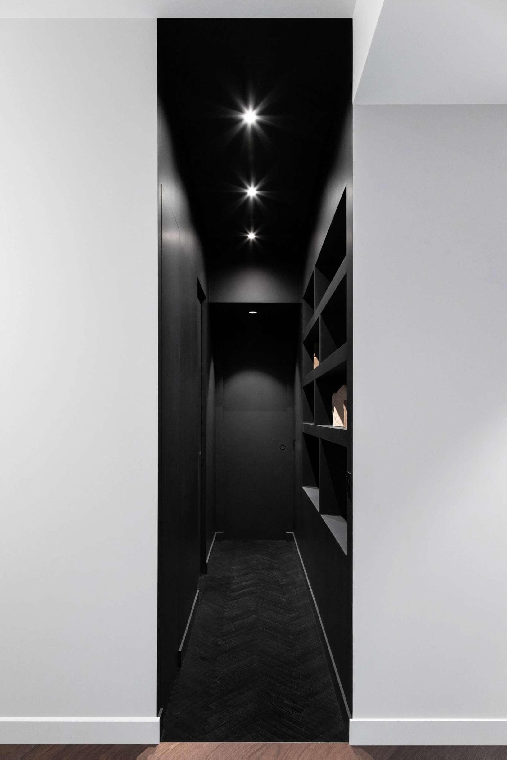 Le couloir visible depuis l'entrée