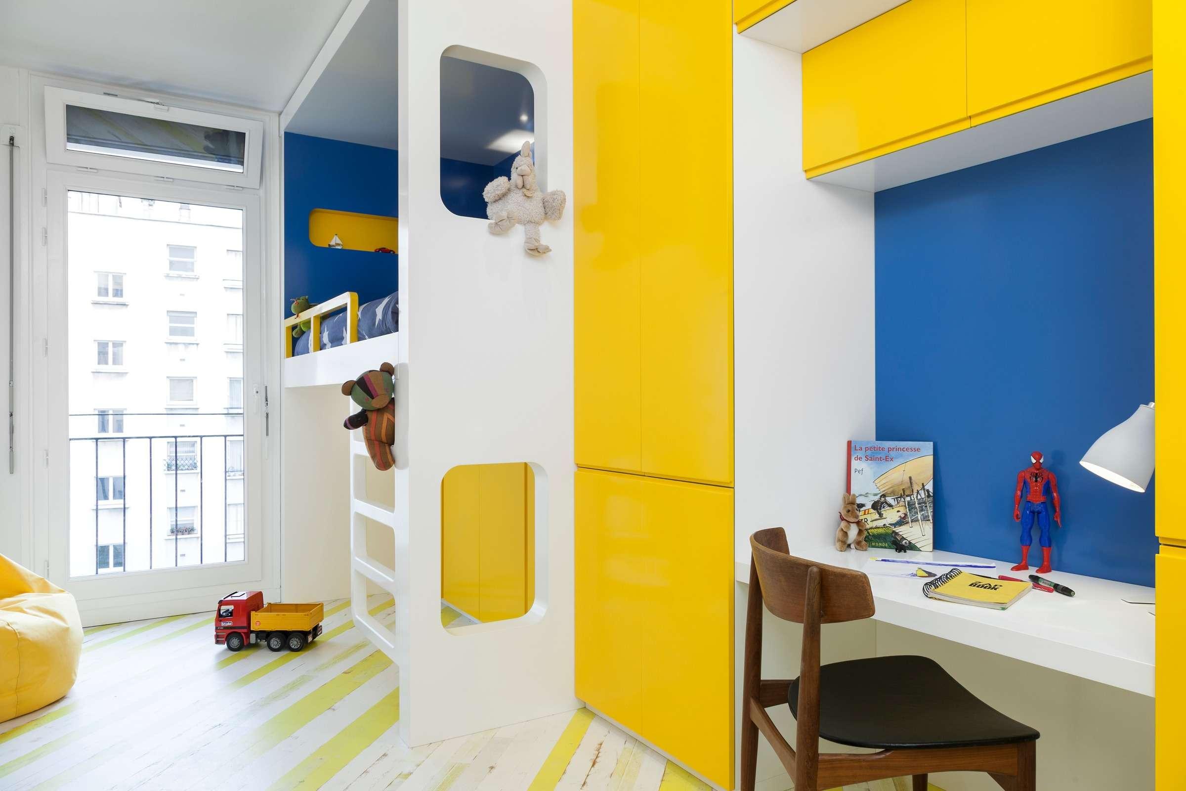 Buttes Chaumont - Rénovation d'un appartement des années 70.